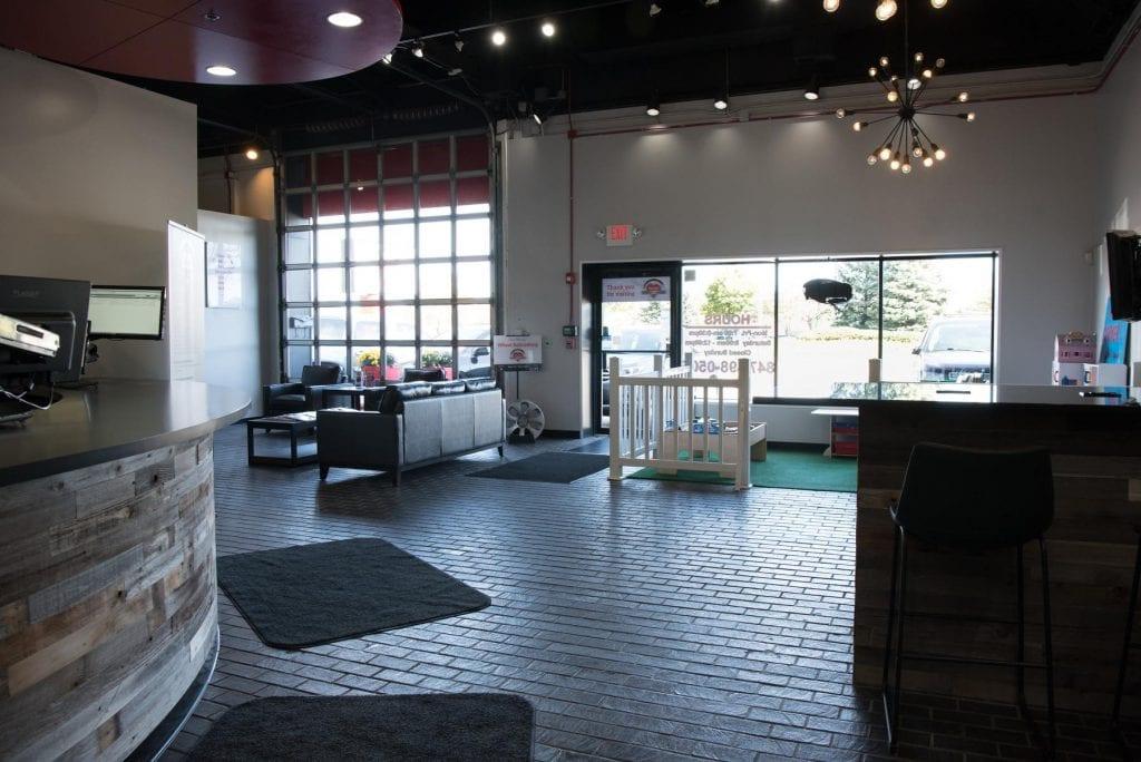 clean auto repair waiting room